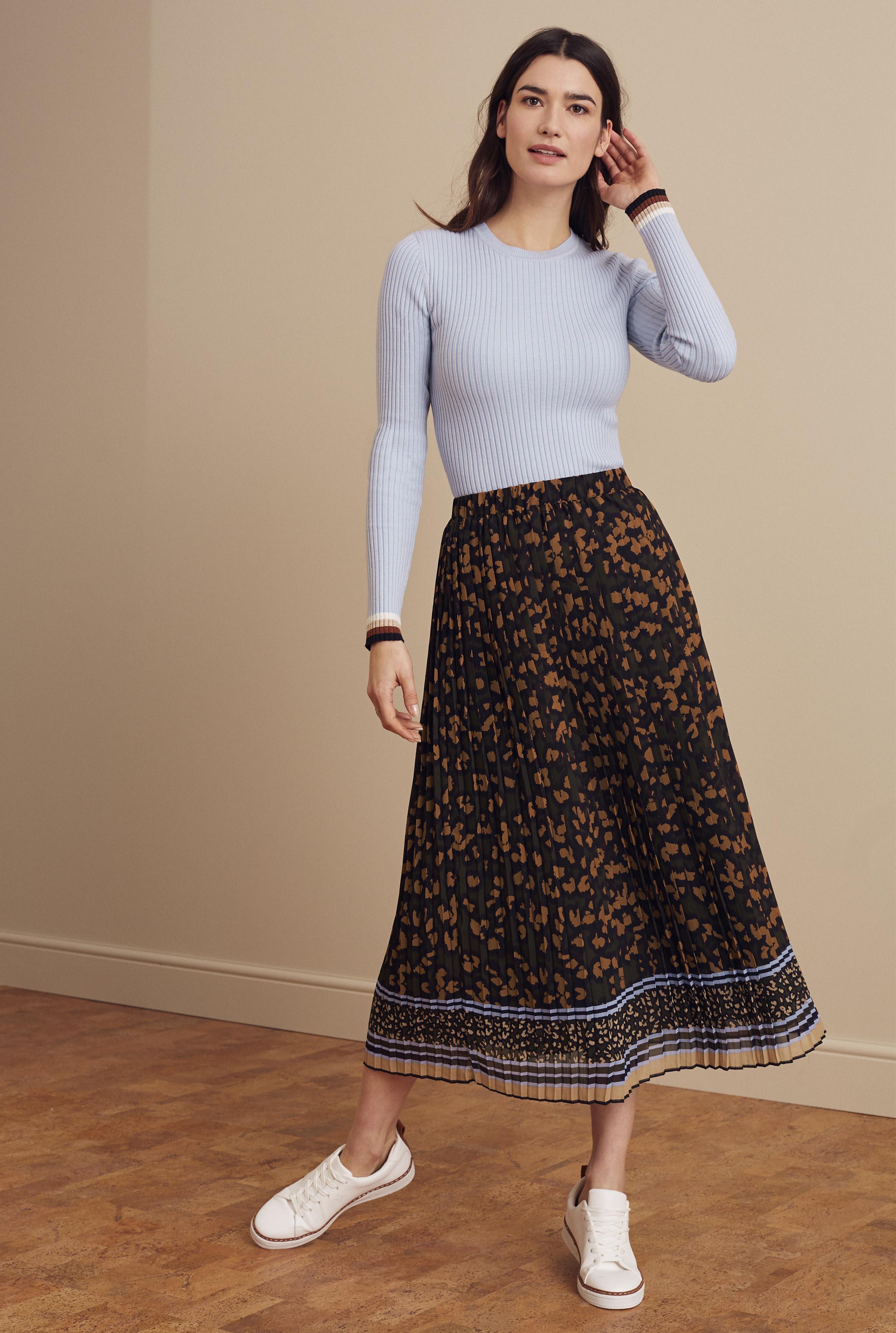 Black Animal Print Pleated Skirt