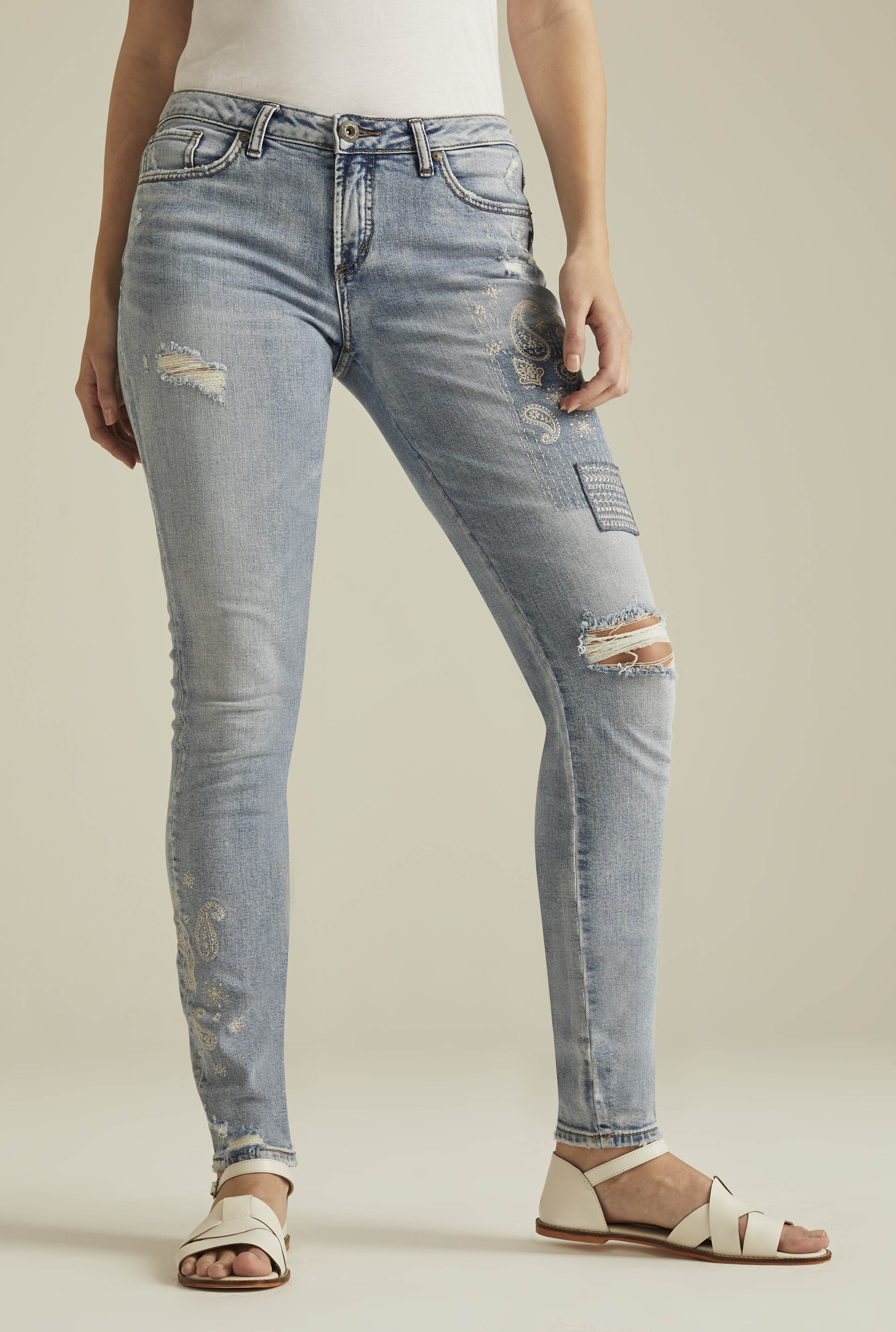 Silver Aiko Ankle Skinny Jean In Light Denim