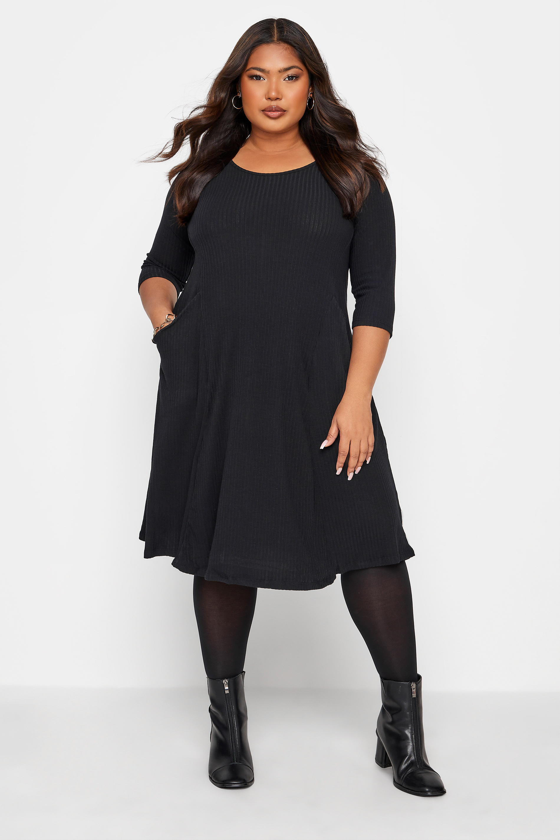 Black Ribbed Drape Pocket Dress_A.jpg