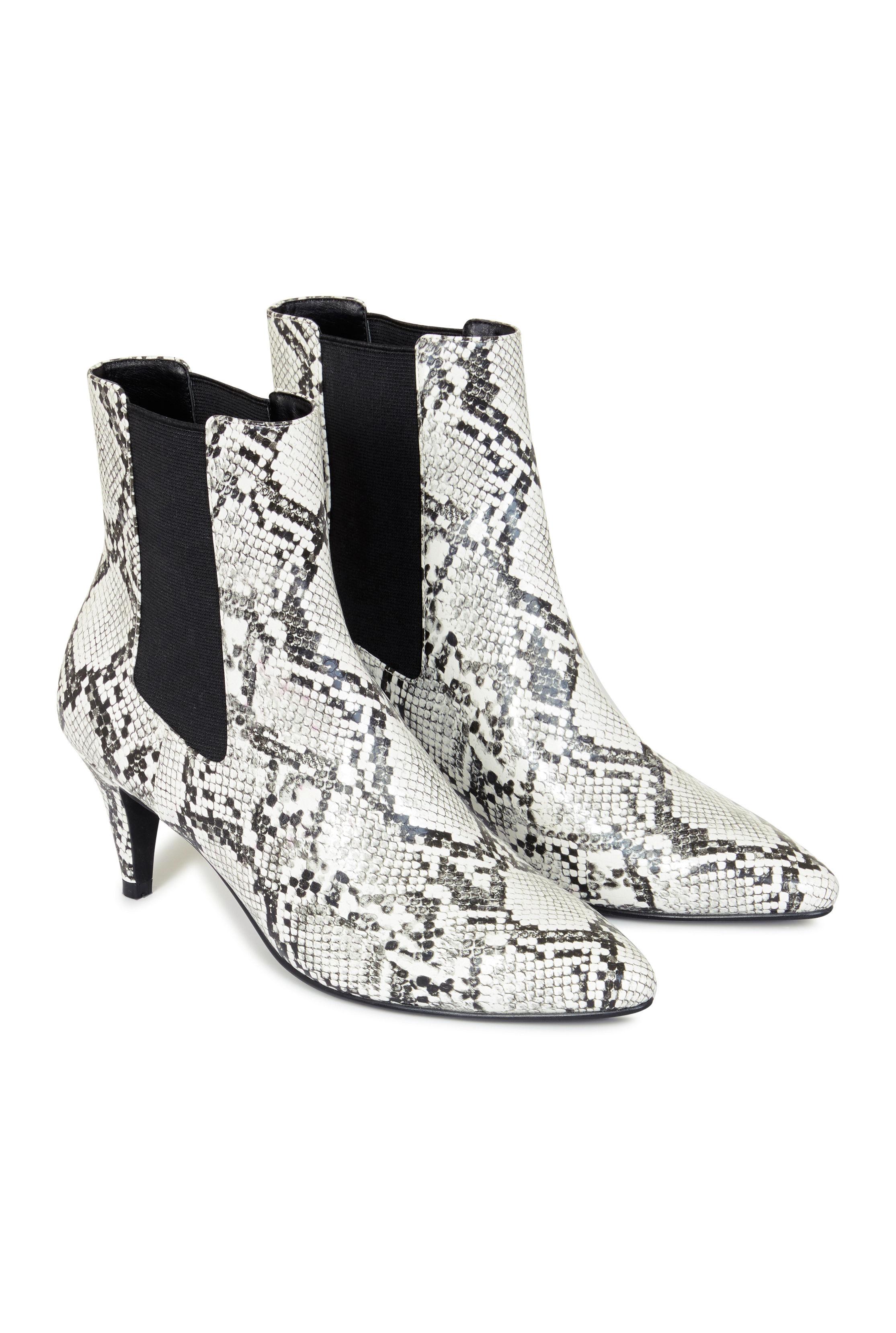 LTS Josie Kitten Heel Ankle Boot