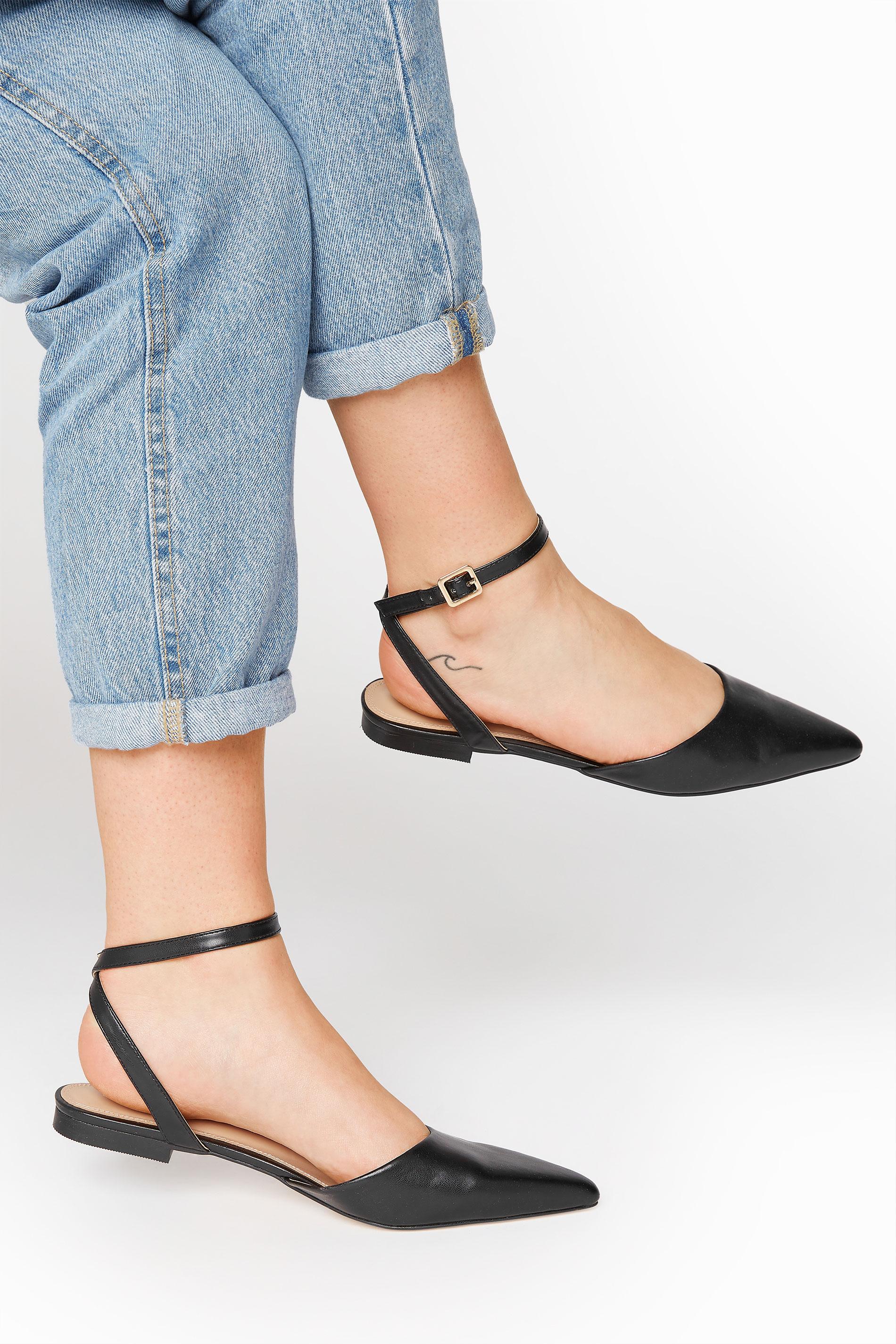 LTS Black Two Part Point Shoes_M.jpg