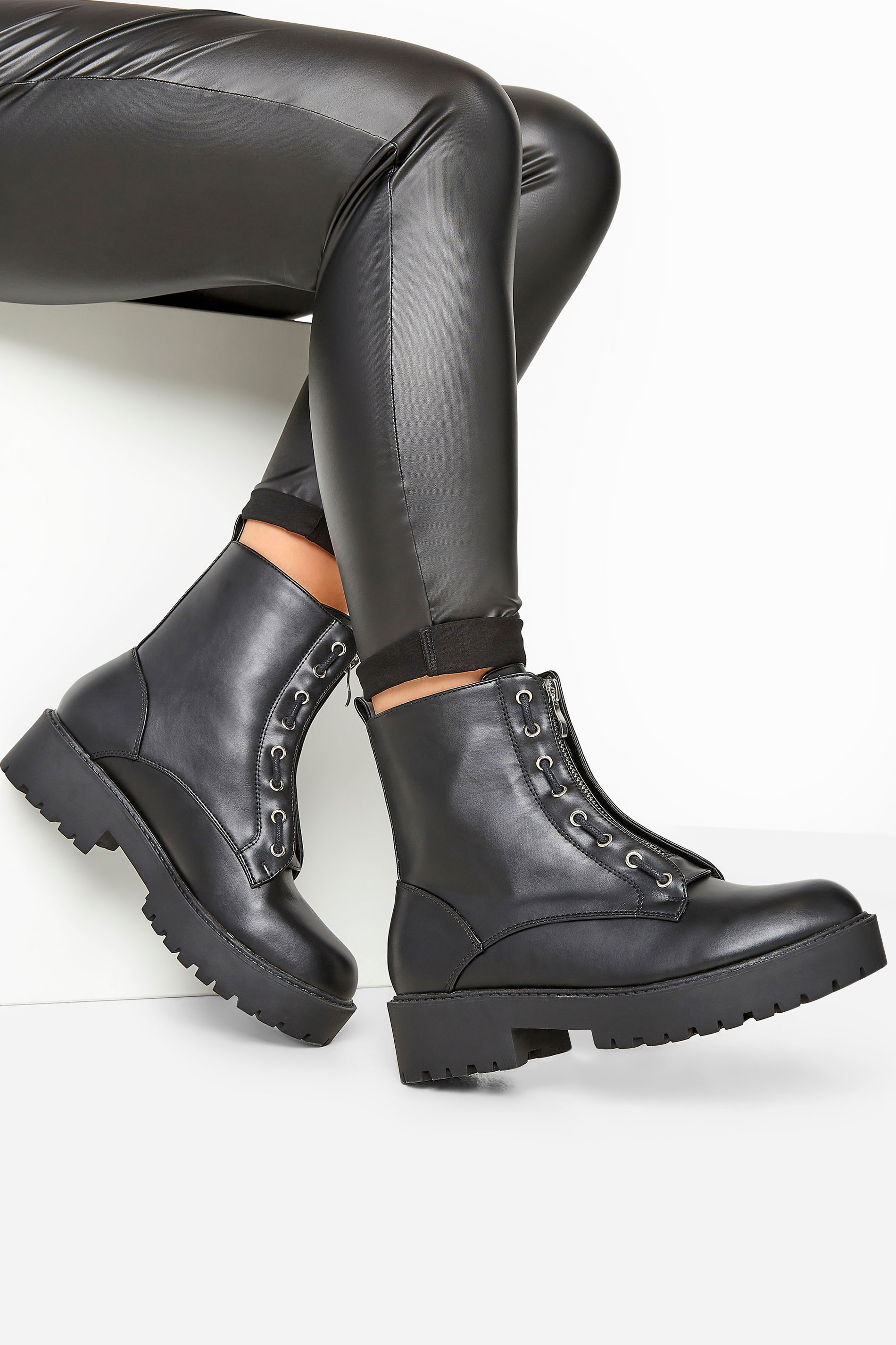 LIMITED COLLECTION - Chunky boots van imitatieleer in zwart