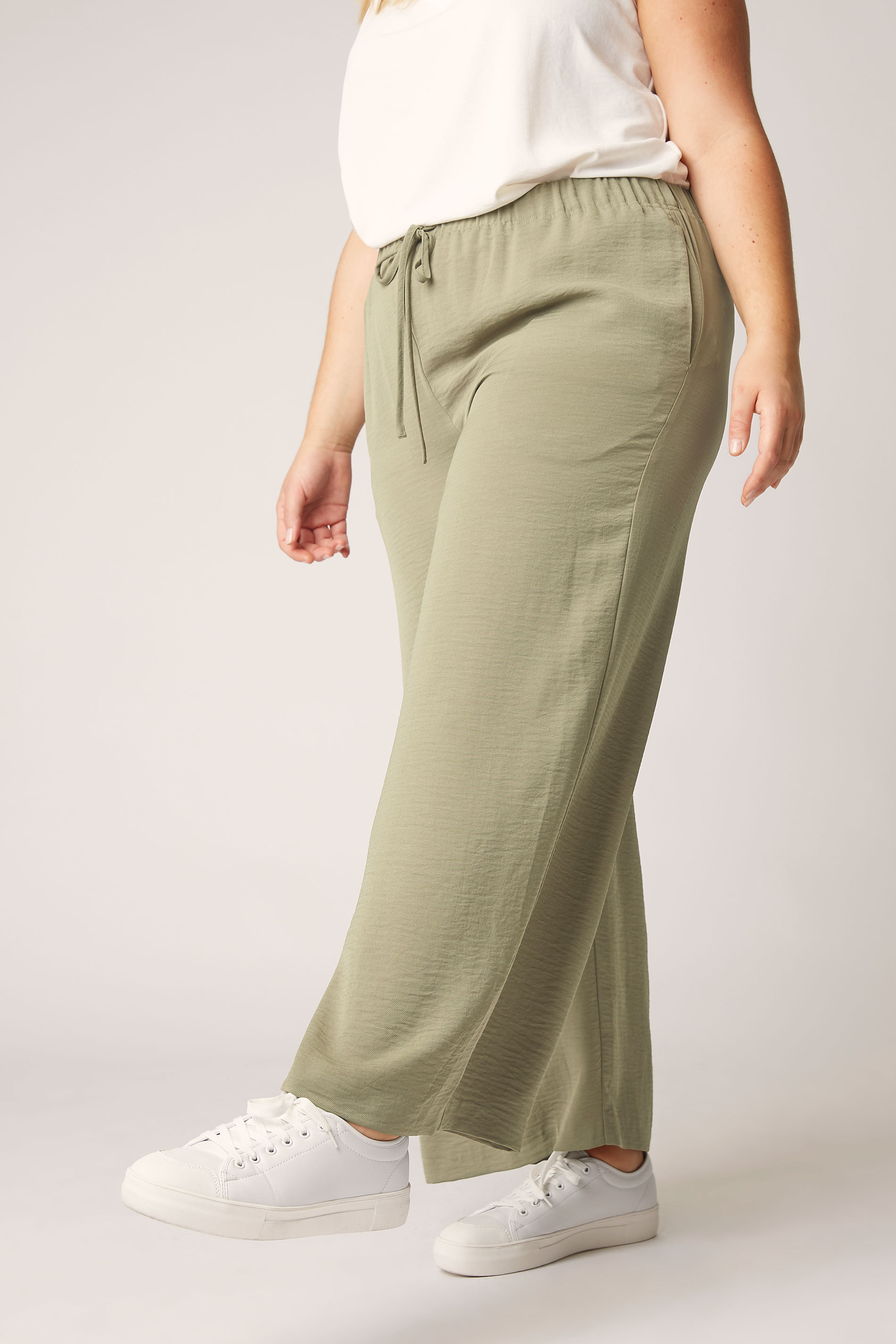 THE LIMITED EDIT Olive Green Wide Leg Trousers_B.jpg