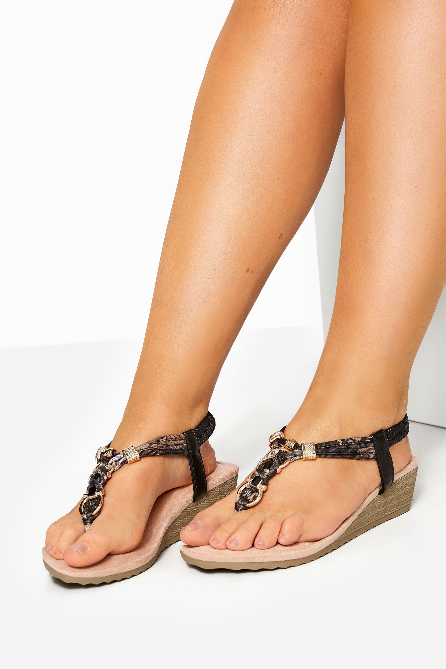 Black Twist Gold Tone Heeled Sandals In Extra Wide Fit_154302A1.jpg