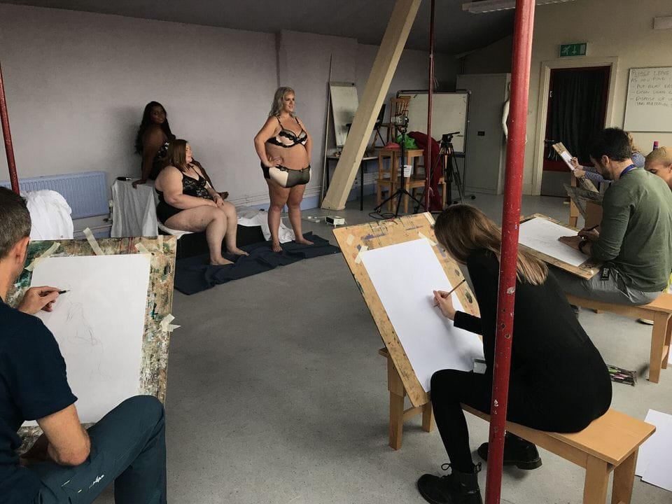 Nottingham art College life drawing of plus-size bloggers Yours Clothing