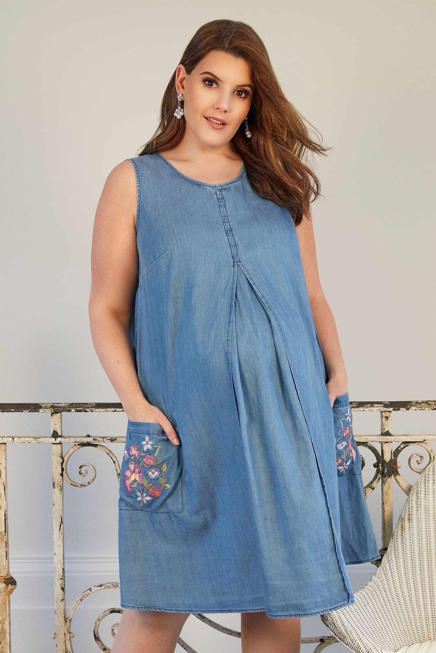 BUMP IT UP MATERNITY Blue Chambray Pleated Dress With Floral Embroidery