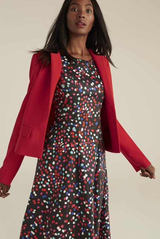Collarless Modern Suit Jacket