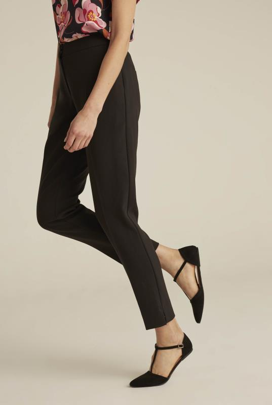 Black Modern 7/8 Suit Trousers