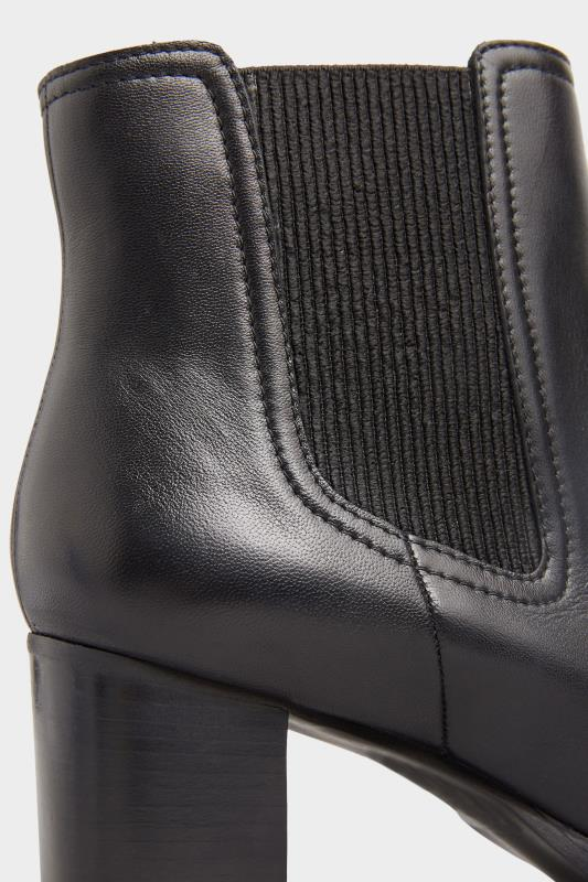 Black Leather Heeled Chelsea Boots In Extra Wide Fit_D.jpg