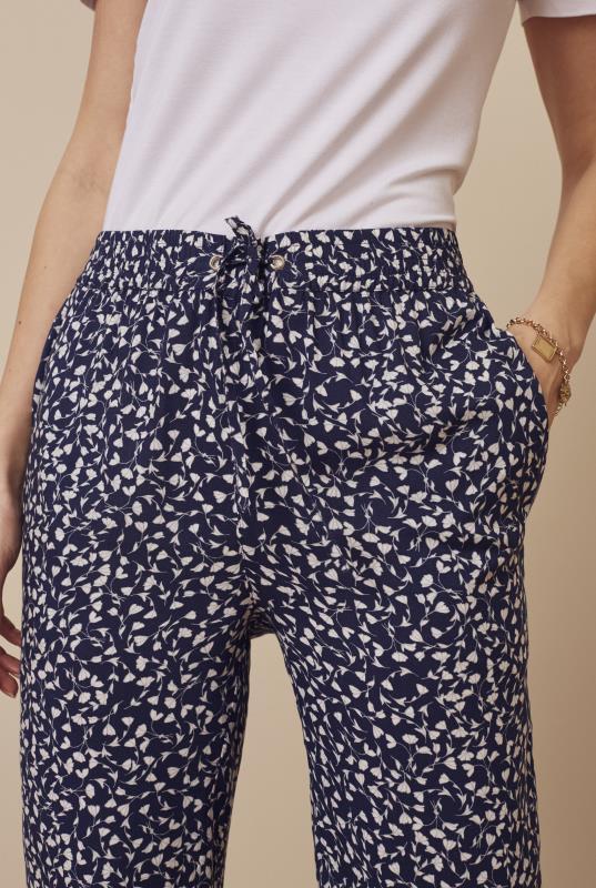 Ditsy Floral Spun Viscose Trouser