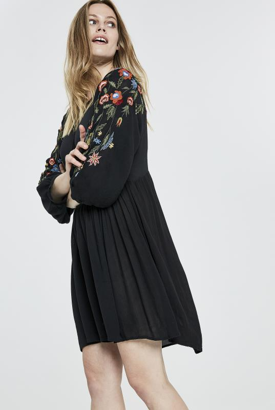 Y.A.S Tall Cheo Embroidered Dress