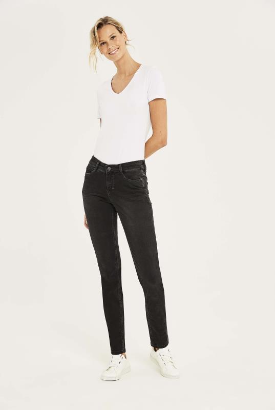MAC Black Dream Straight Jeans