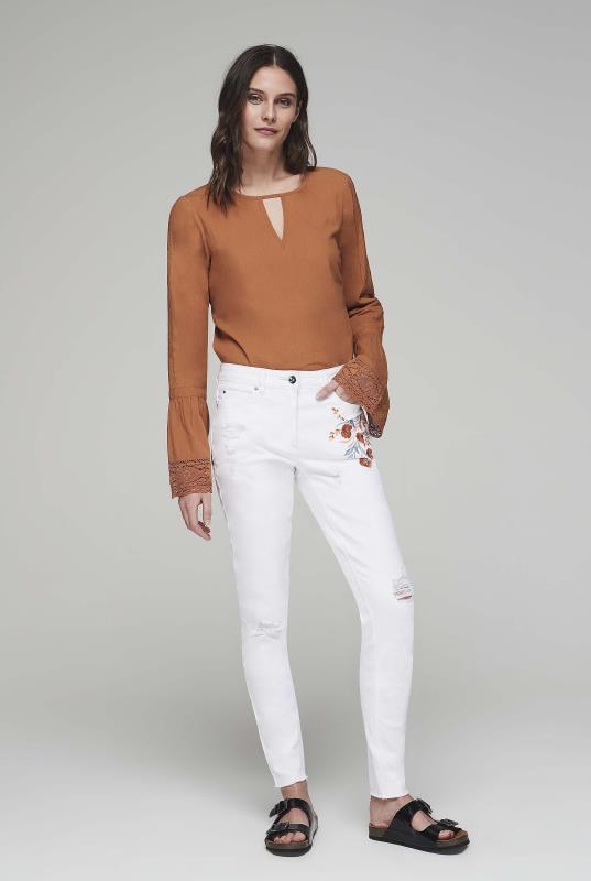 Embroidered Ankle Grazer Jean