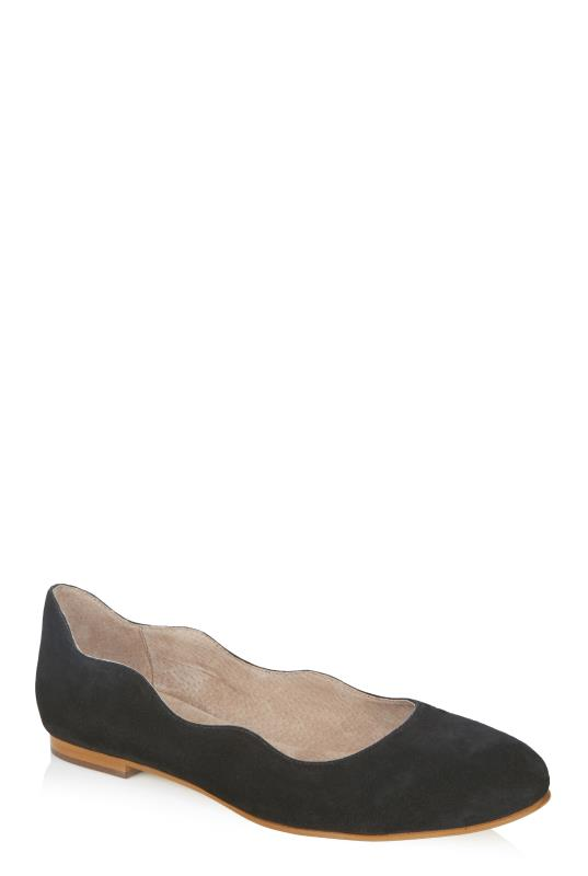 LTS Black Effie Wave Leather Ballerina