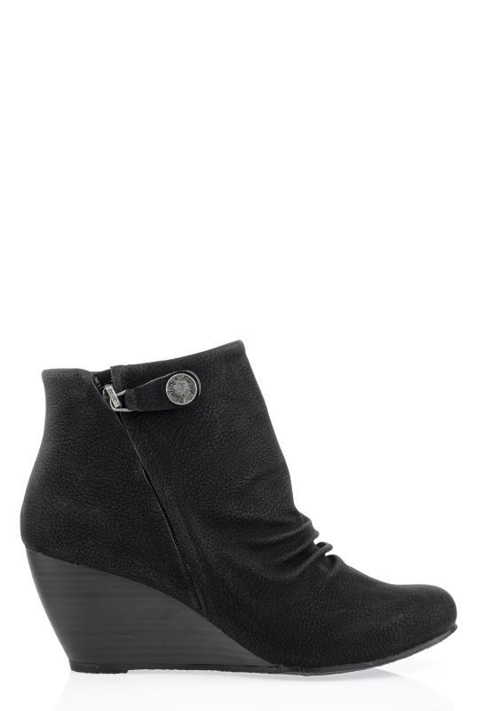 BLOWFISH Black Berkeley Ankle Boots_1.jpg