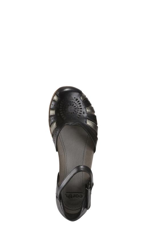 Earth Camellia Cahoon Flat Shoes