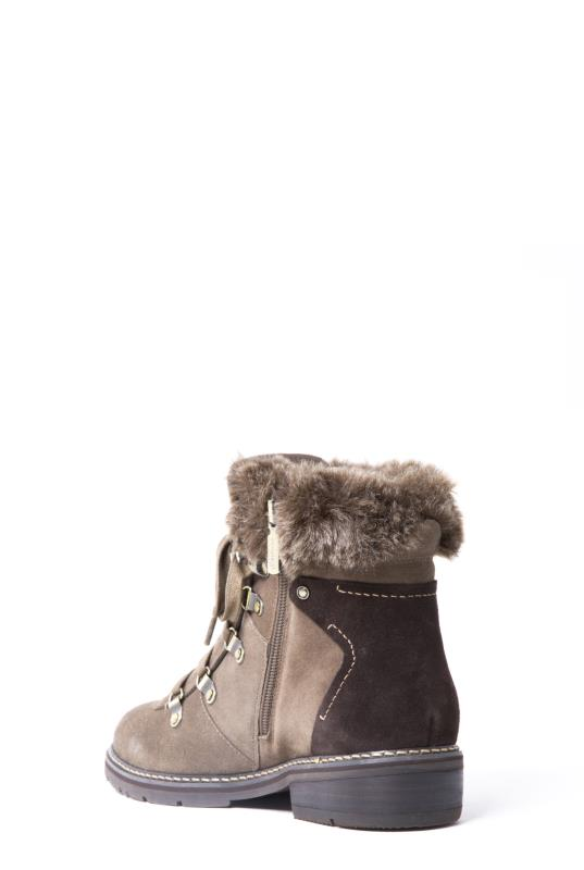 Blondo Vail Suede Hiking Detail Winter Boot