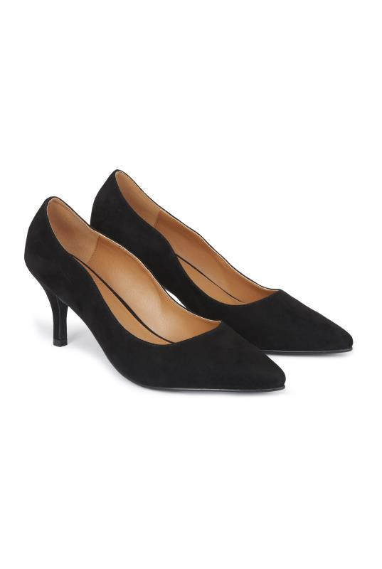 Tall Courts Black Daisy Court Heel