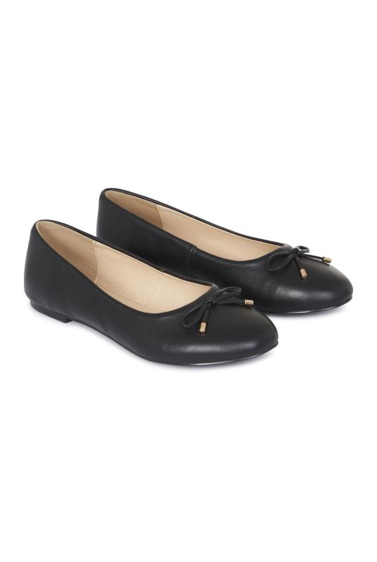 Black Leather Ballerina Pumps