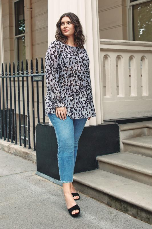 THE LIMITED EDIT Grey Leopard Frill Smock Blouse_L.jpg