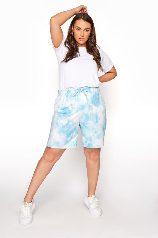 Blaue Batik Sweat-Shorts
