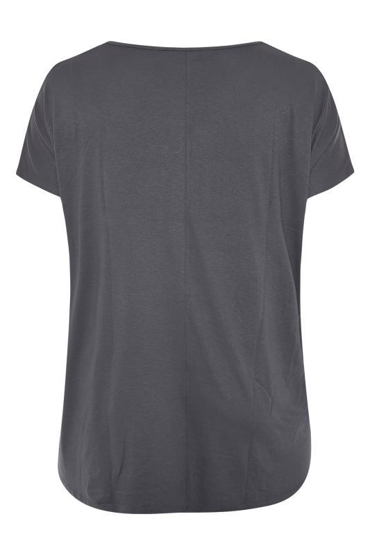 Grey Dipped Hem Short Sleeved T-Shirt_BK.jpg