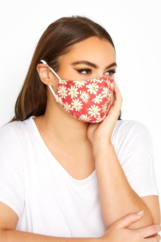 Plus Size  Red Daisy Print Filtered Face Mask