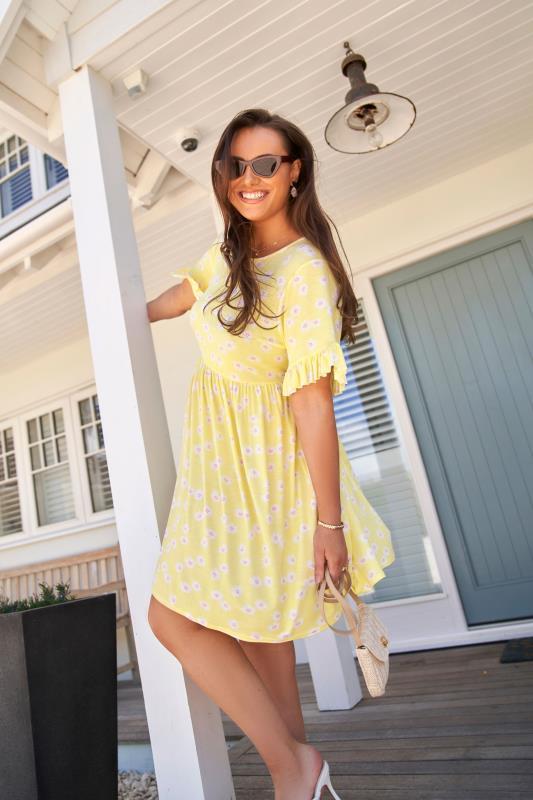 Lemon Yellow Floral Print Short Frill Sleeve Dress_L.jpg