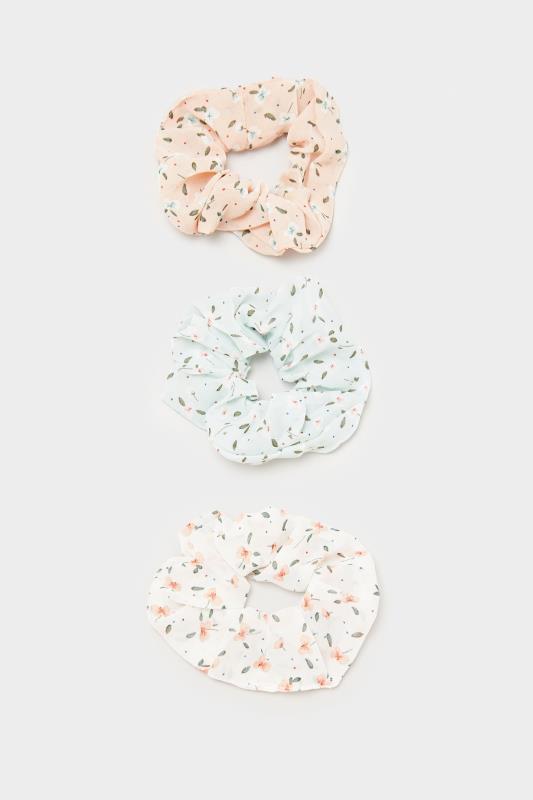 3 PACK Pastel Multi Floral Scrunchie Set_a3.jpg