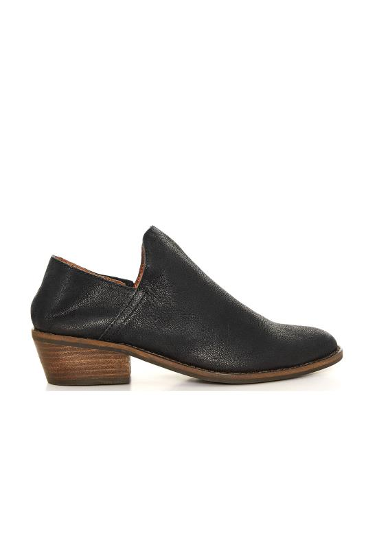 Tall  LUCKY BRAND Black Leather Heeled Boots