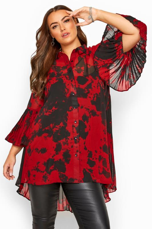 Plus-Größen Shirts Red Tie Dye Pleated Longline Shirt