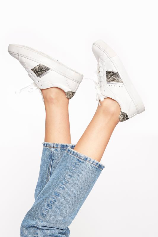 Tall  White Snake Stripe Trainers