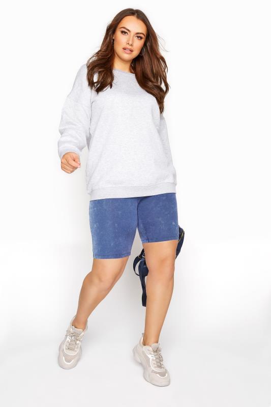 Blaue Radler Shorts in Acid Waschung