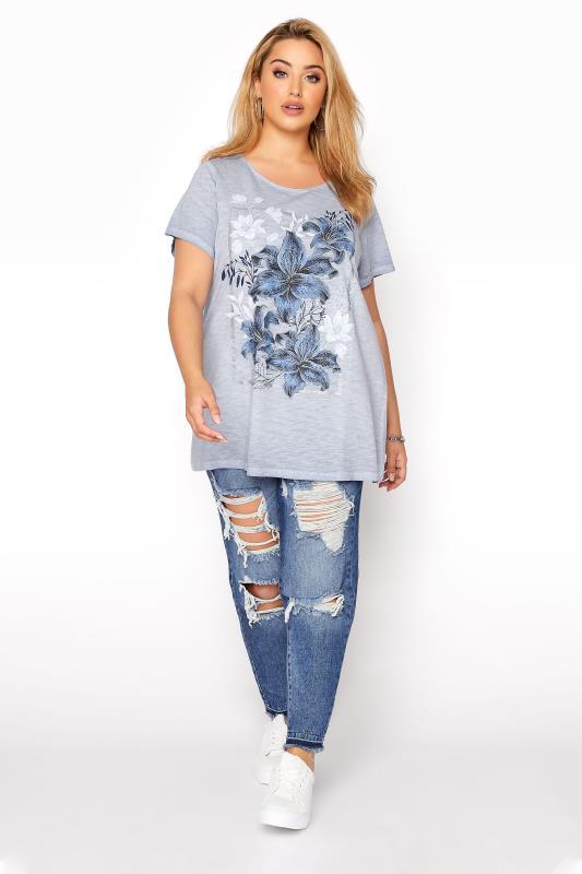 Blue Floral Graphic T-Shirt_B.jpg