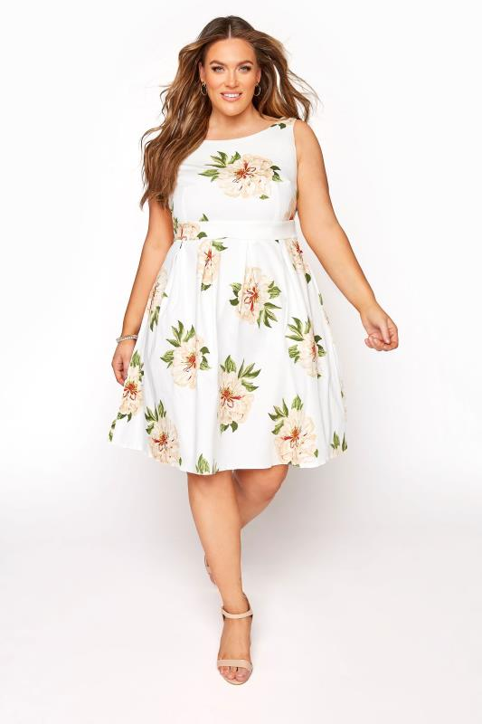 Plus Size  White Sleeveless Floral Skater Dress