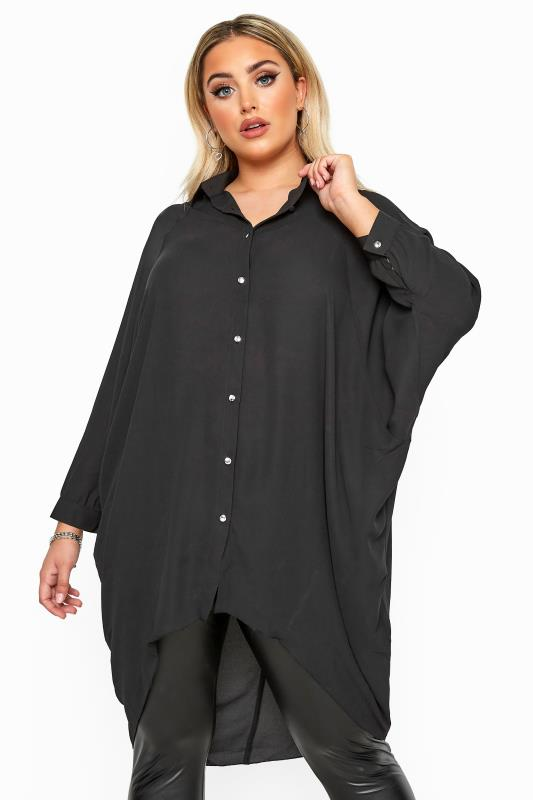 Plus-Größen Shirts YOURS LONDON Black Oversized Dipped Hem Shirt