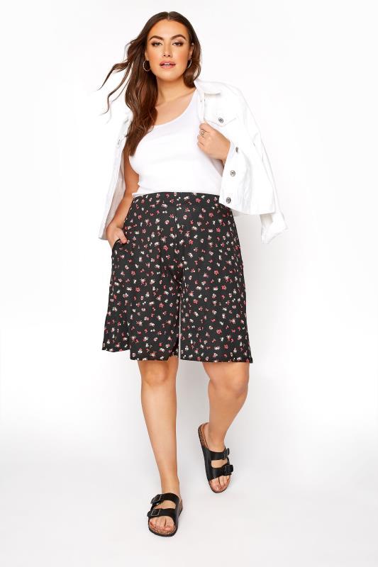 Black Ditsy Floral Jersey Short