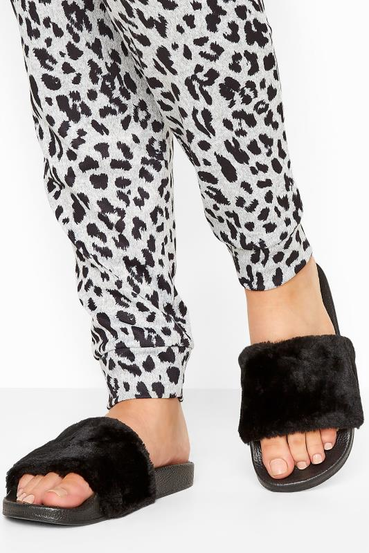 Plus Size  Black Faux Fur Sliders In Regular Fit