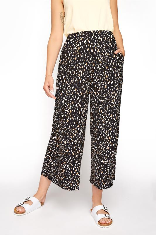 LTS Black Abstract Spot Cropped Trousers_B.jpg