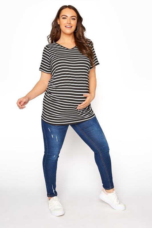BUMP IT UP MATERNITY Black Stripe Short Sleeve T-Shirt_B.jpg