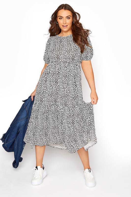 Weißes Midaxi Kleid mit Dalmatiner Print & Puffärmeln