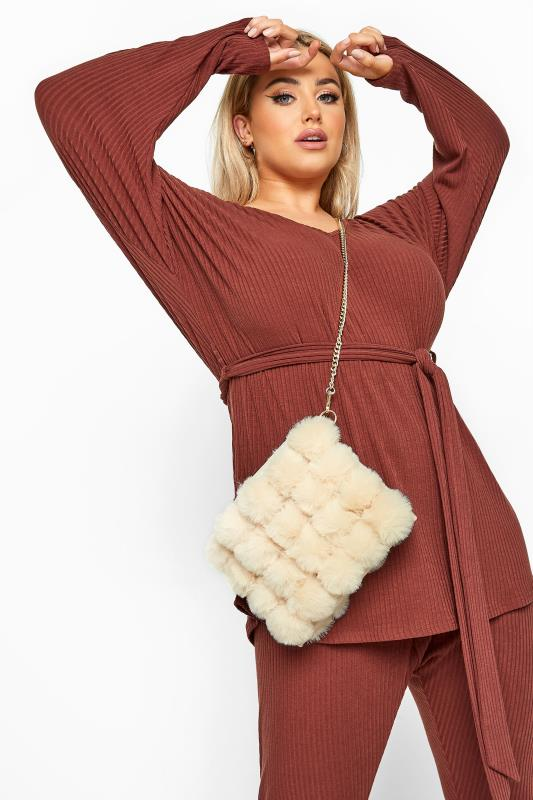 Cross Body Bags Cream Faux Fur Chain Cross Body Bag