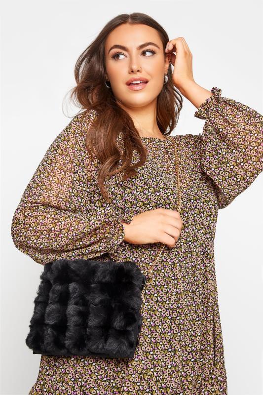 Großen Größen  Black Faux Fur Clutch Bag