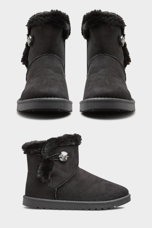 Black Gem Button Fur Boots in Regular Fit_split.jpg