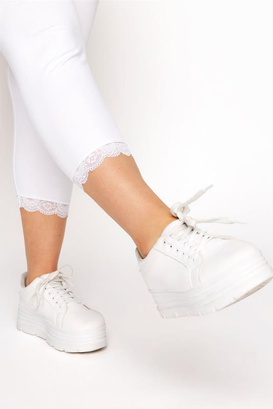 White Cotton Essential Cropped Leggings With Lace Detail_D.jpg