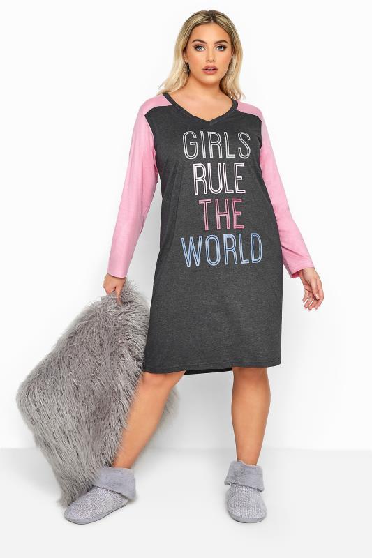 Plus-Größen Nightdresses & Chemises Grey 'Girls Rule The World' Varsity Nightdress