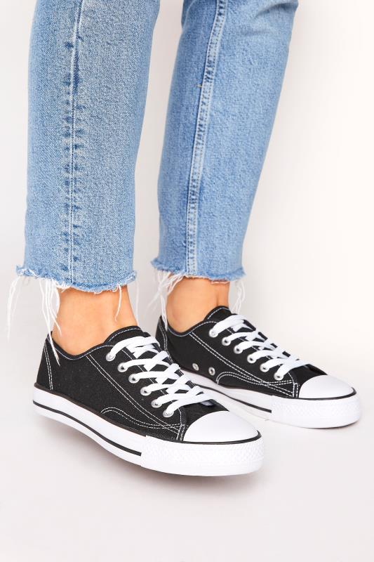 Yours Black Low Canvas Trainer in Regular Fit