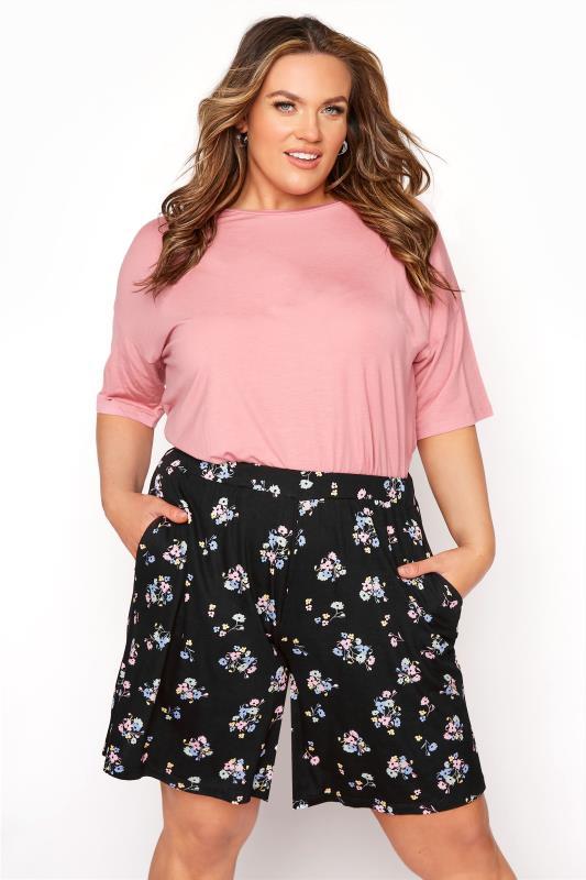 Plus Size  Black Pastel Posy Jersey Shorts