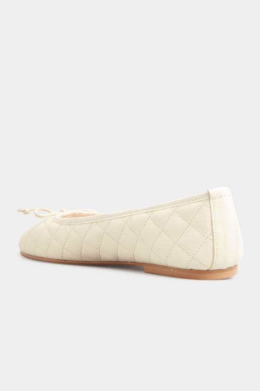 LTS White Leather Quilted Ballet Pumps_D.jpg