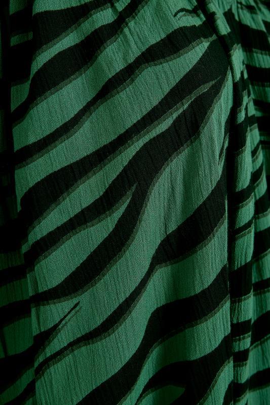 LIMITED COLLECTION Green Zebra Print Midaxi Dress_S.jpg